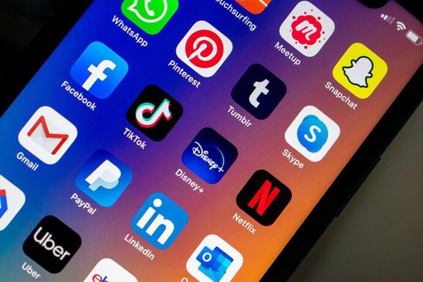 réseaux, sociaux, pinterest, facebook, linkedin, snapchat, whatsapp, facebook, instagram
